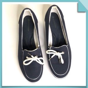 Grasshoppers Navy & White Slip on Sneakers Size7.5